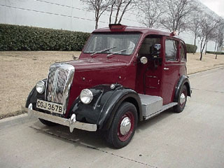 Beardmore London Taxi fully restored